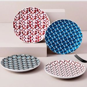 NWOT 4 Piece Retro Plate Set by West Elm